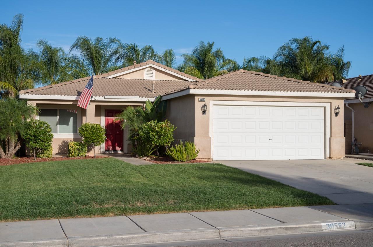 30552 Pine Creek Drive Menifee, CA 92584