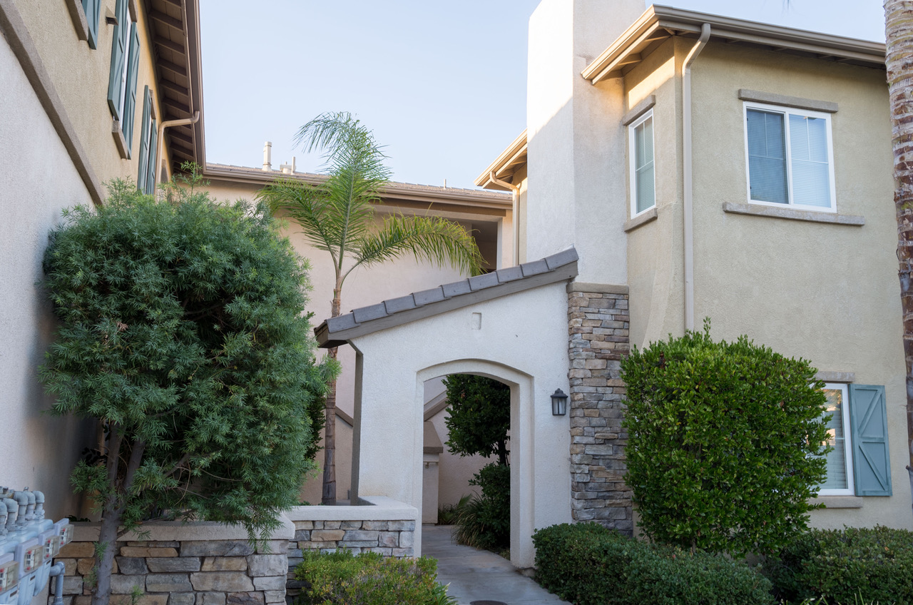 26466 Arboretum Way, Unit 2306, Murrieta, CA  92563